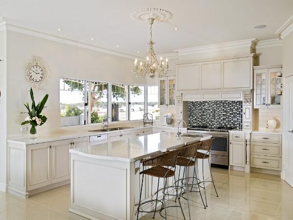 аккуратная кухня во французском стиле белая классика