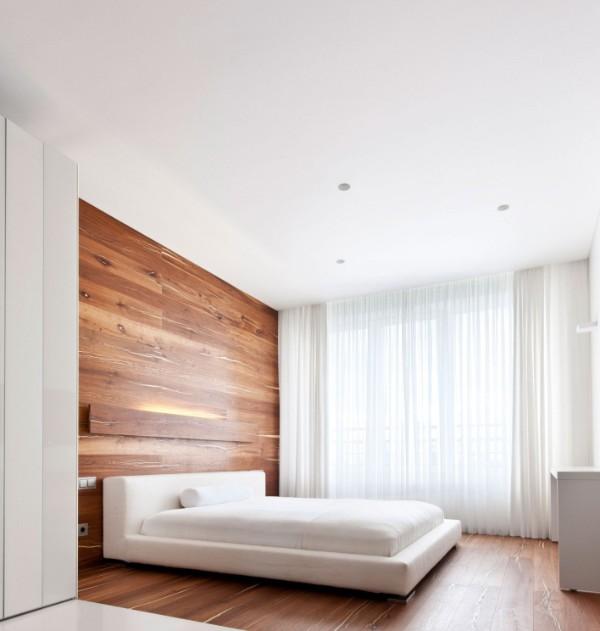 Белый цвет и энергетика дерева в интерьере спальни в стиле минимализм