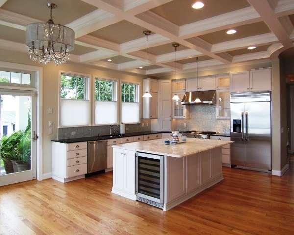 дизайн большой угловой кухни в частном доме