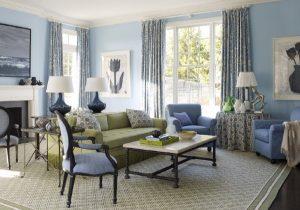 дом во французском стиле гостиная в голубых тонах