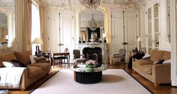 дом во французском стиле гостиная в кремовом решении