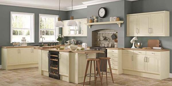 французский стиль в интерьере кухни серо-дымчатый цвет