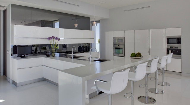 кухни студии в частном доме хай тек
