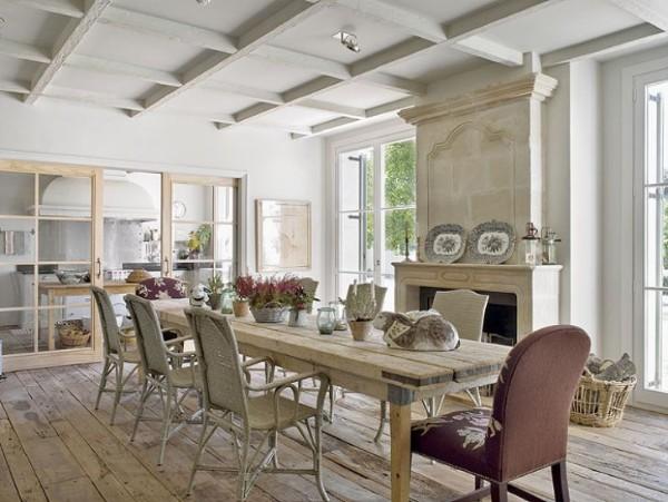 кухня во французском стиле белого цвета балки