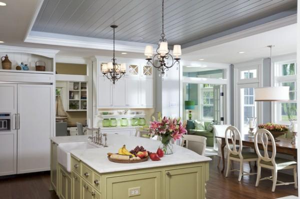 роскошная кухня во французском стиле с островом