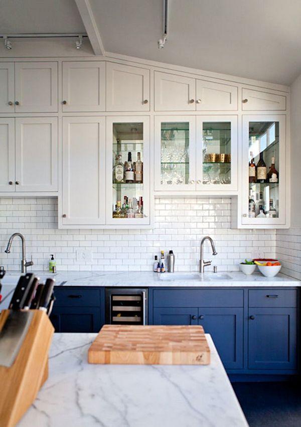 скандинавский стиль в интерьере кухни глубокий синий