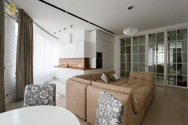стильная кухня студия с гостиной нетипичная планировка
