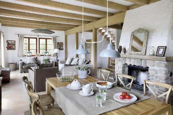 светлая гостиная студия во французском стиле