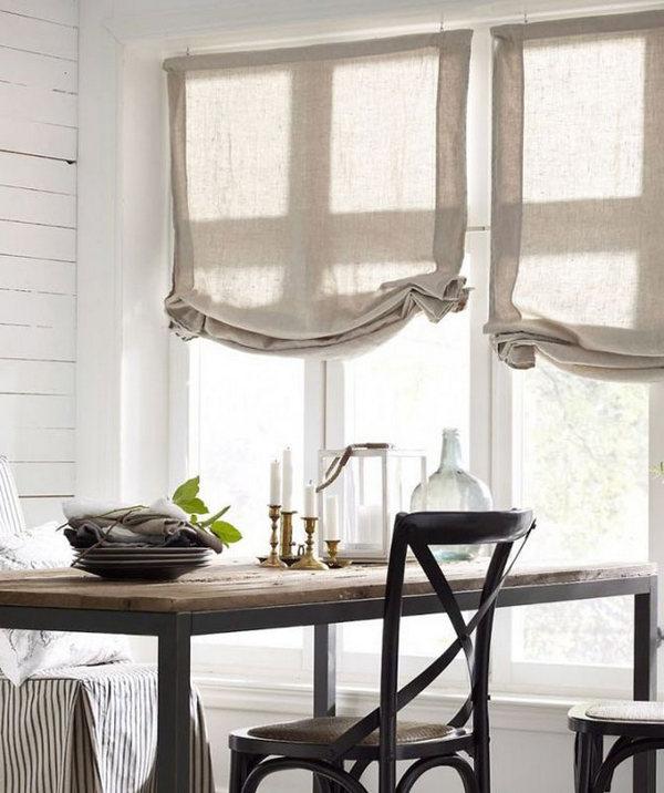 угловая кухня в скандинавском стиле шторы