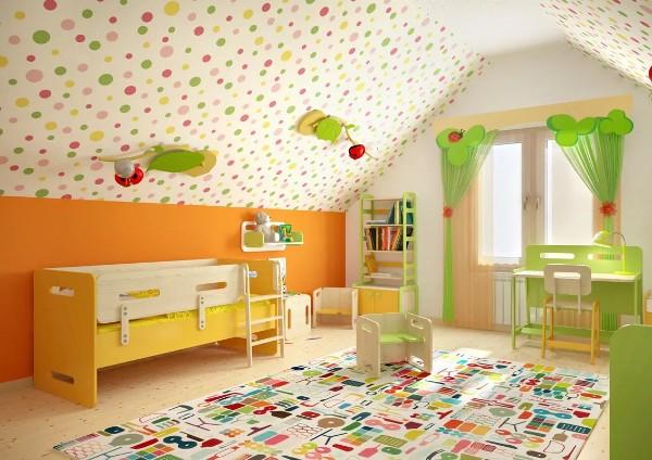 дизайн мансардного этажа детская в ярких тонах