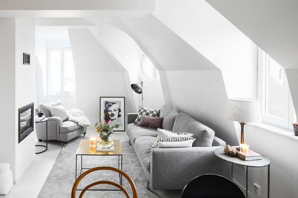дизайн мансардного этажа серая гостиная в скандинавском стиле