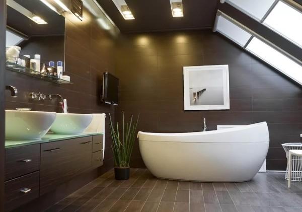 интерьер роскошной ванной дизайн мансардного этажа