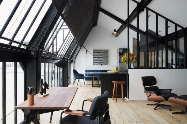 интерьер стильной гостиной дизайн мансардного этажа