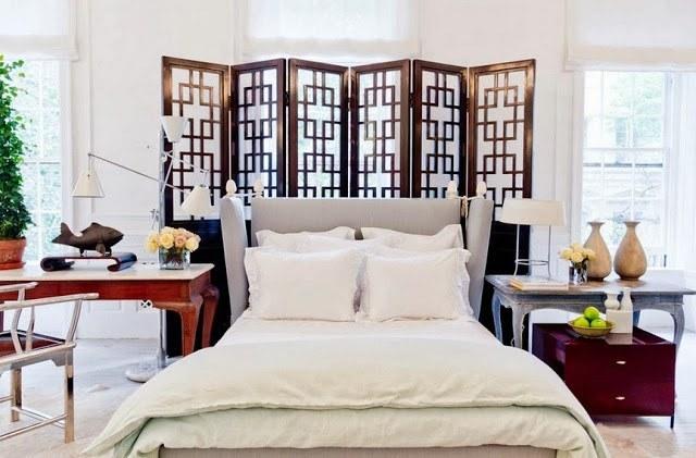 кровать в спальне по фен шуй фото