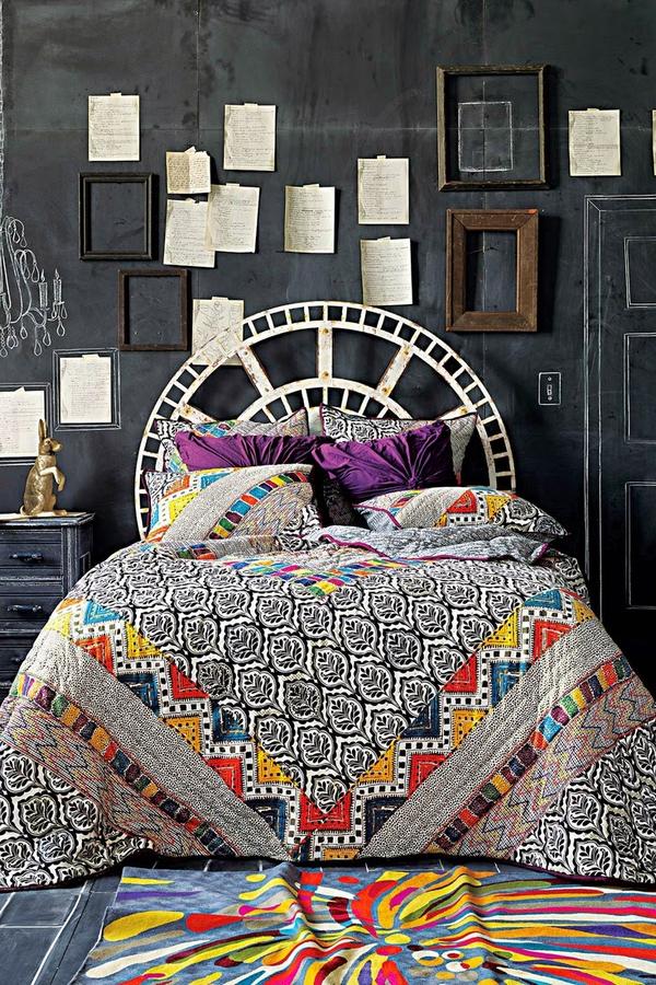 кровать в спальню в современном стиле покрывало