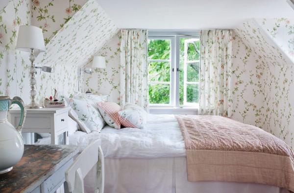 милая спальня дизайн мансардного этажа
