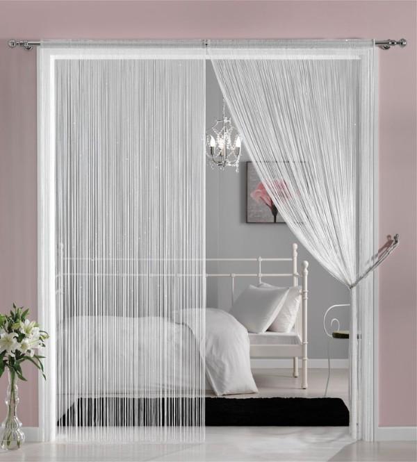 шторы в интерьере дверной проём