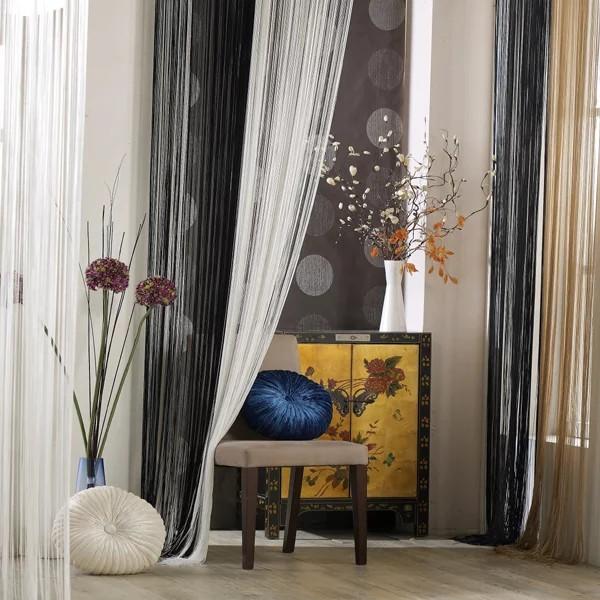 шторы нити в интерьере гостиной