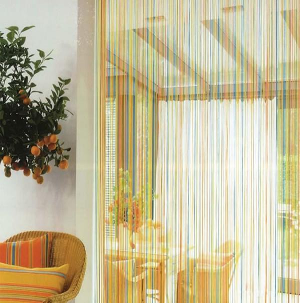 шторы нити в интерьере оранжевый зелёный и синий цвет
