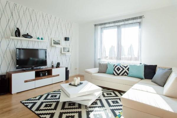шторы нити в интерьере современной гостиной