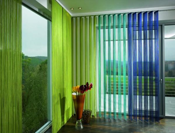 шторы нити в интерьере зелёный салатный и синий цвет