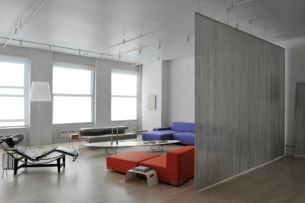 шторы нити в минималистическом интерьере