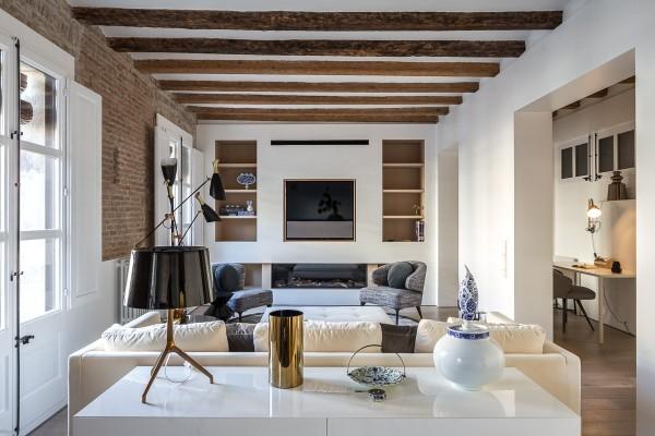 скандинавский стиль в интерьере гостиной грубые деревянные балки