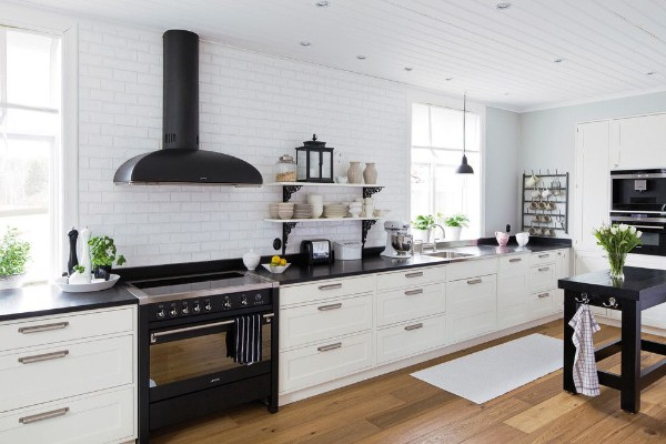 скандинавский стиль в интерьере кухни линейный гарнитур
