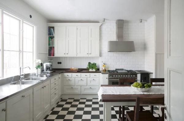 скандинавский стиль в интерьере кухни сдержанный дизайн