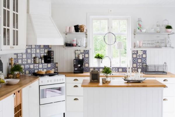 скандинавский стиль в интерьере милая угловая кухня