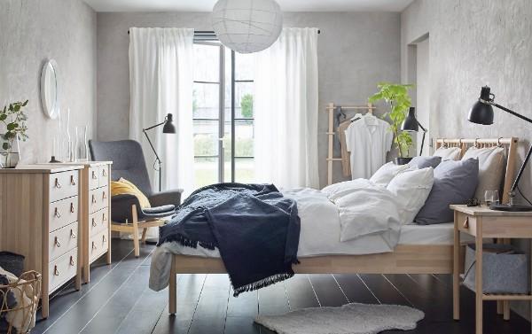 скандинавский стиль в интерьере спальни с тёмным полом