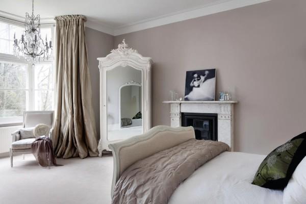 скандинавский стиль в интерьере светло-коричневой спальни