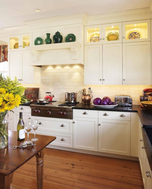 белая кухня в английском стиле дизайн