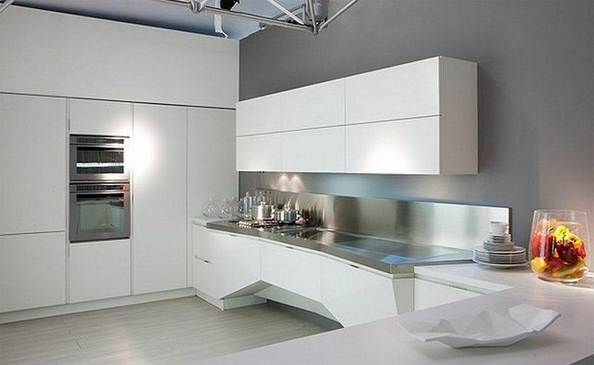 белая кухня в стиле хай тек большая