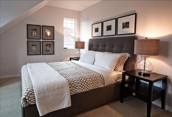 элегантная спальня в мансарде в современном стиле