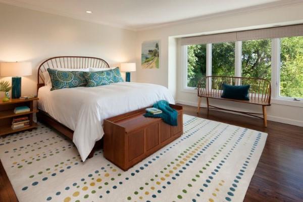 необычная спальня в современном стиле