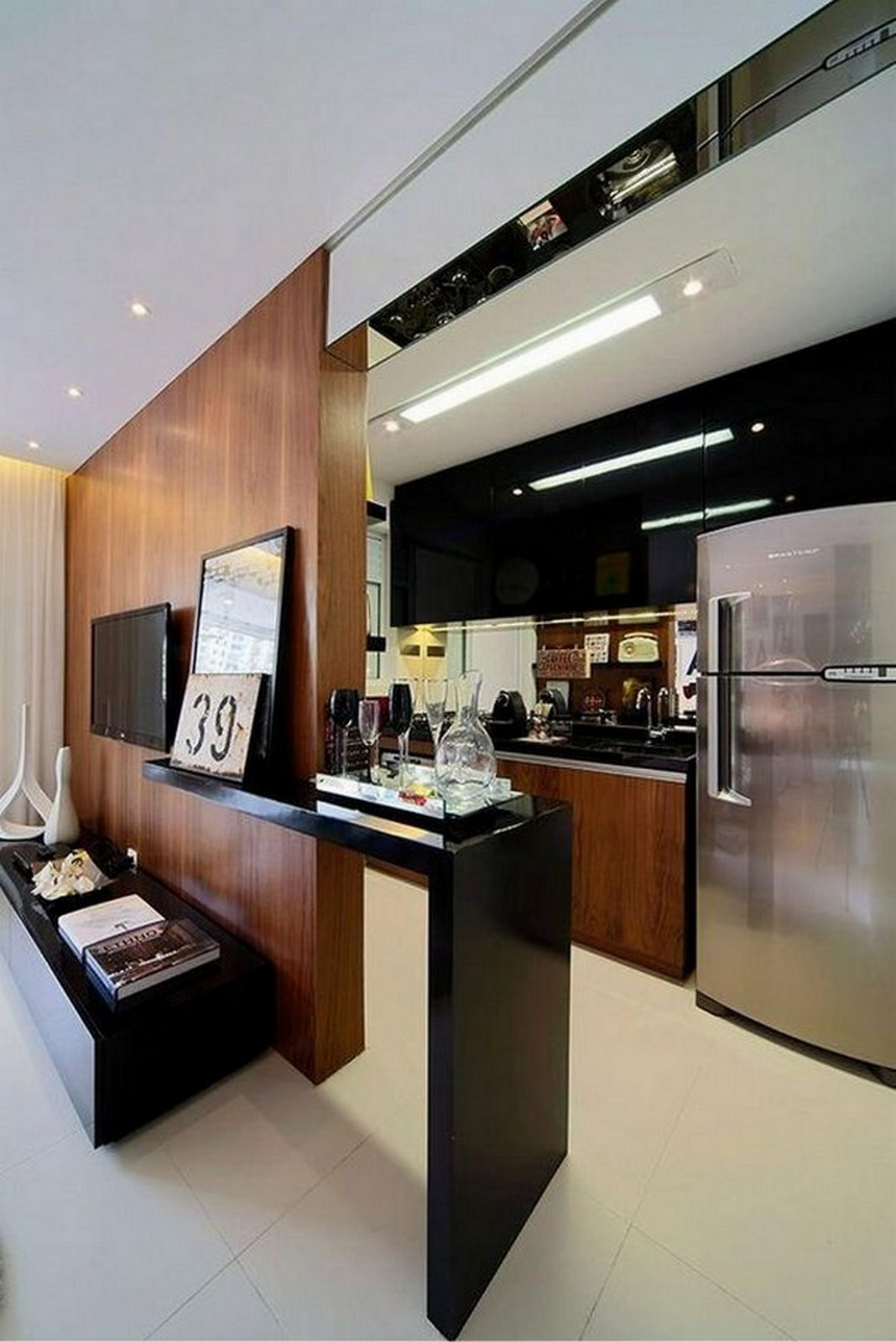 современные кухни в стиле хай тек фото