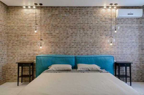 спальня в современном стиле с элементами лофта