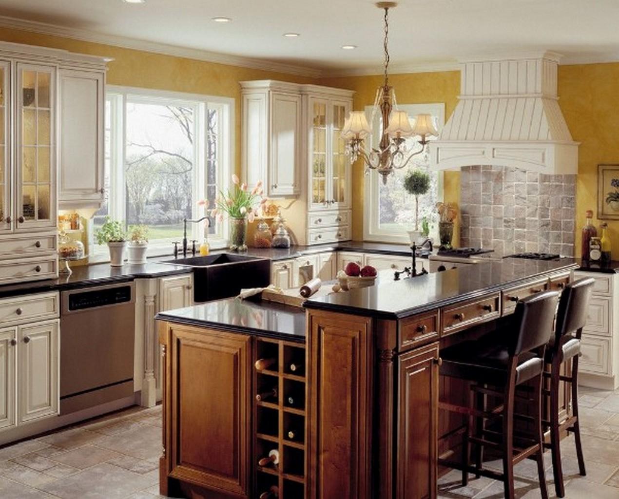 светлая кухня в английском стиле отделка стен жёлтой краской