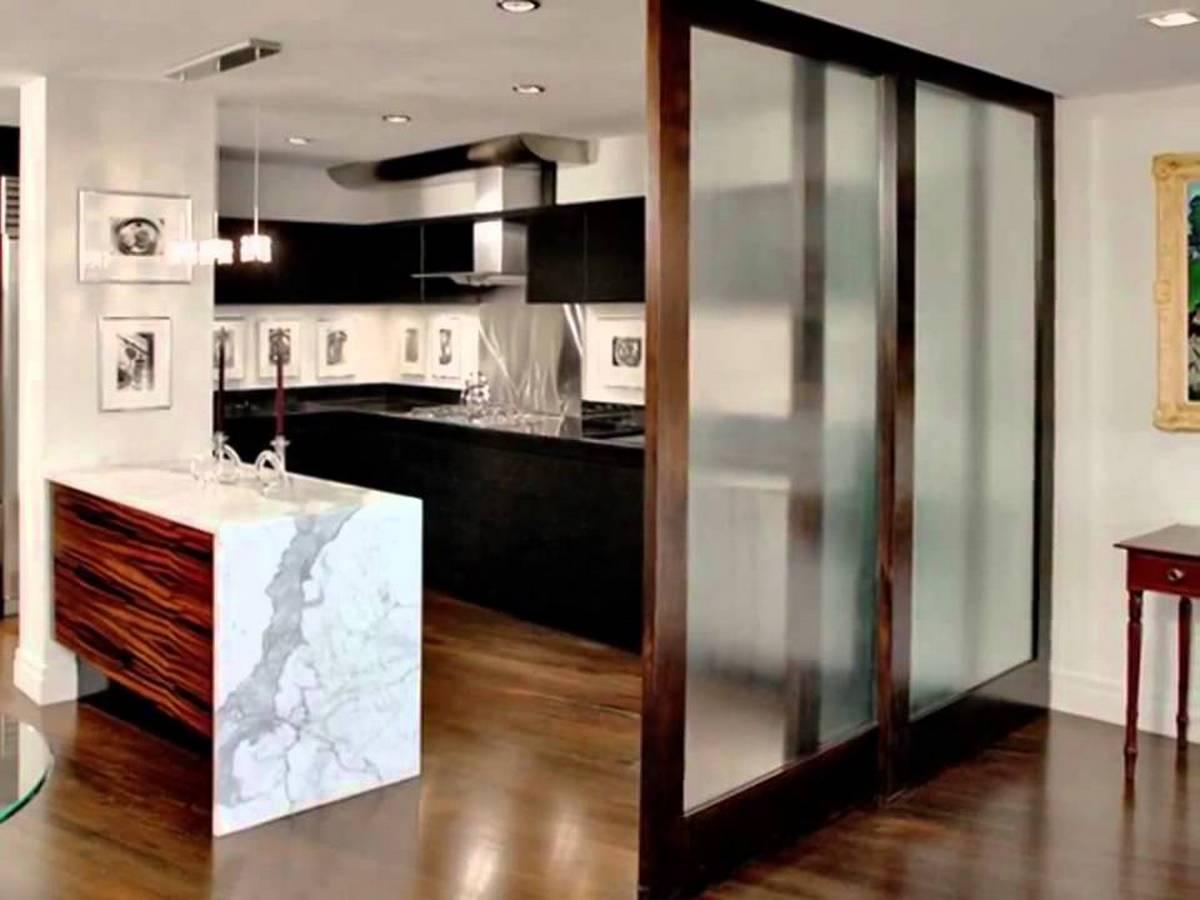 кухня в частном доме на фото