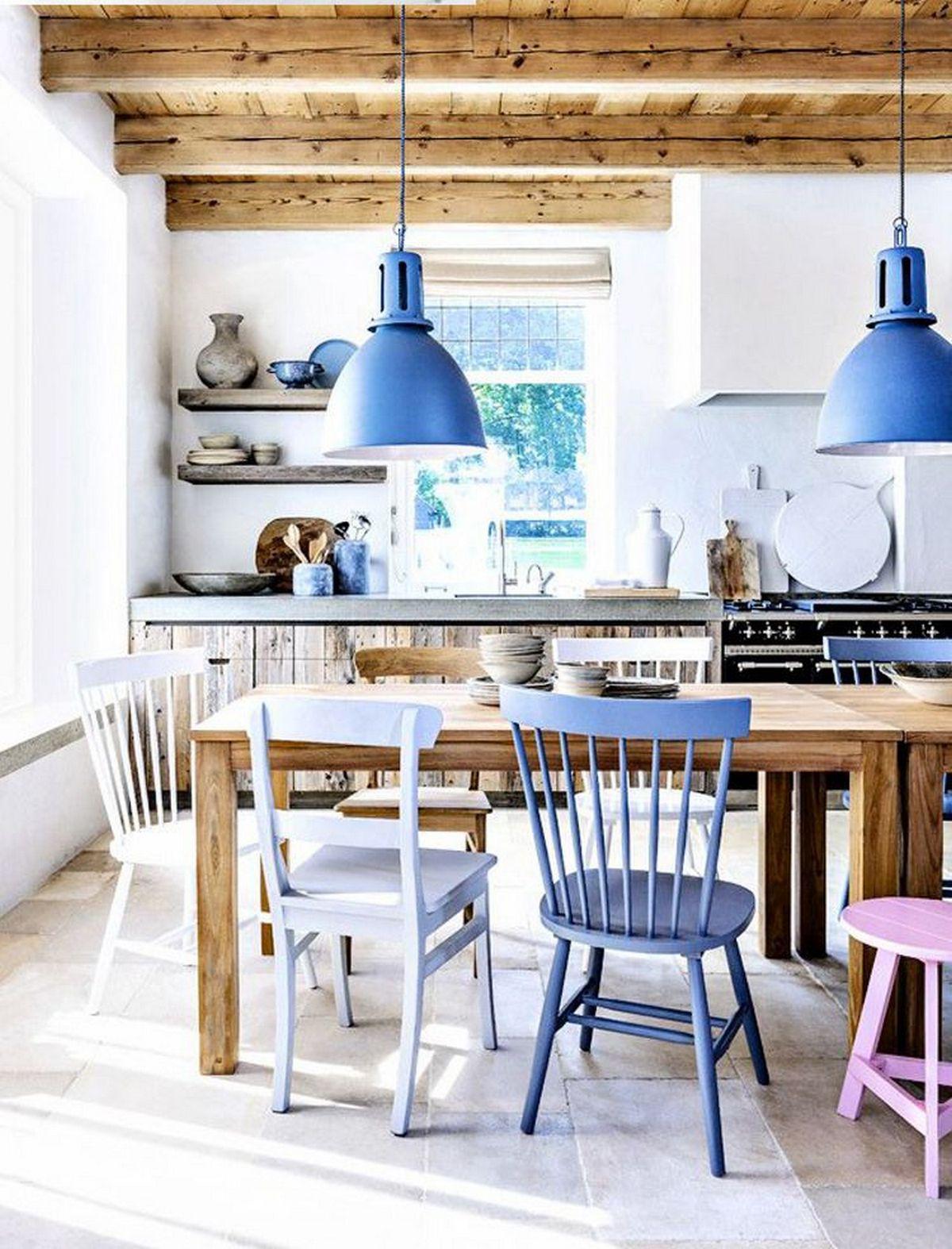 большие кухни в частном доме на фото