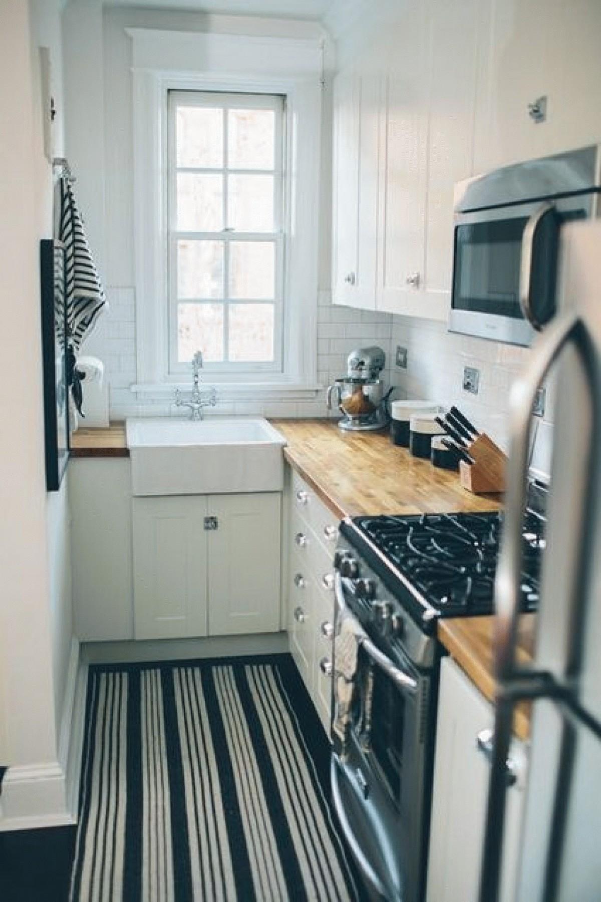 дизайн угловой узкой малогабаритной кухни