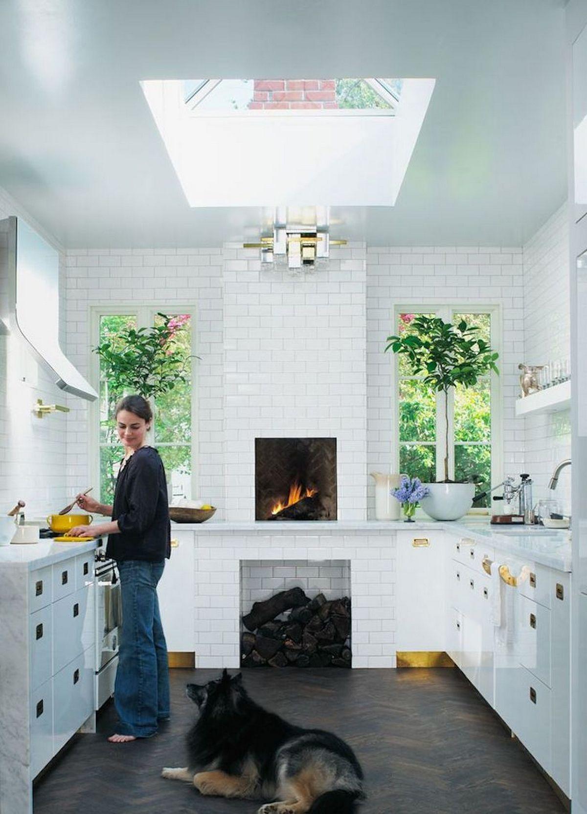 интерьер кухни в частном доме на фото