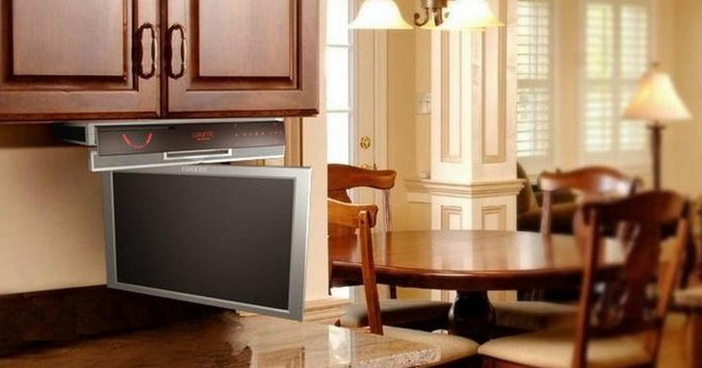 какой телевизор на кухню поставить