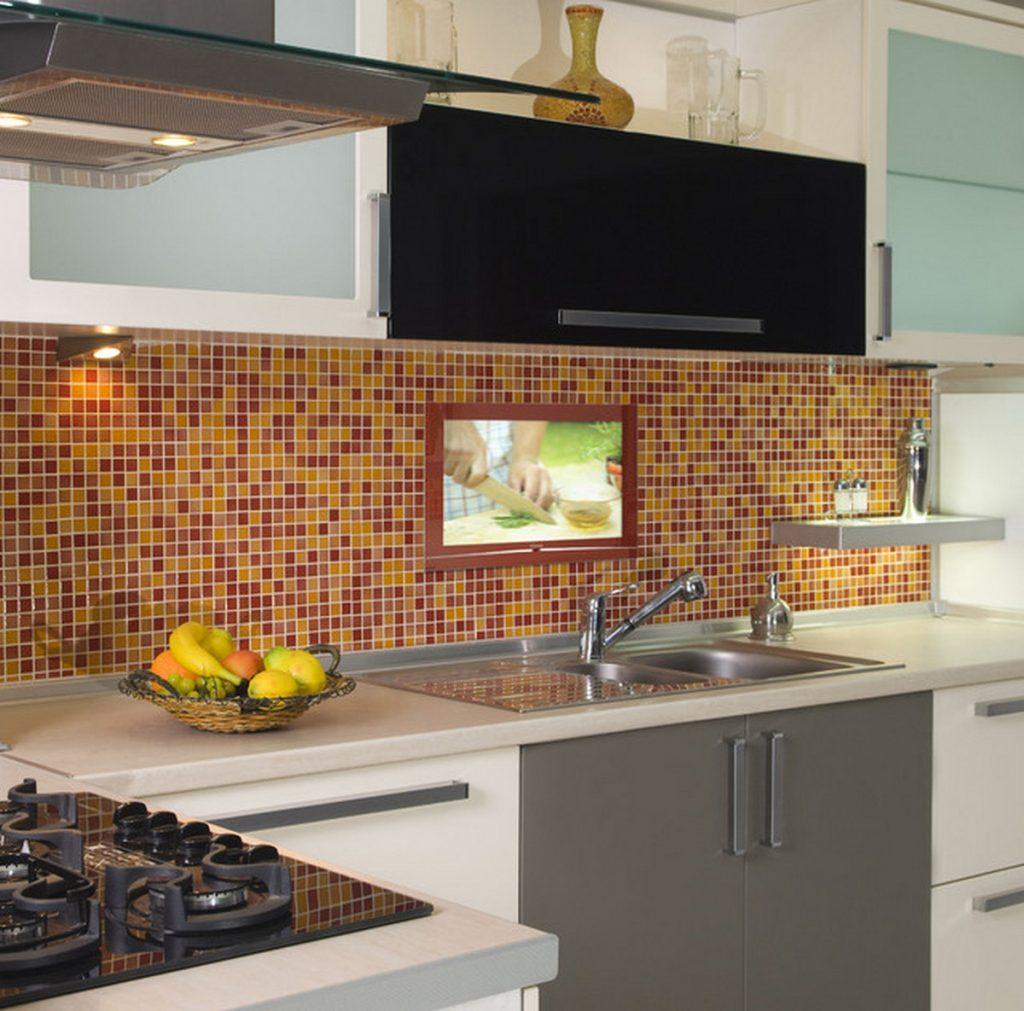 лучший встроенный телевизор для кухни