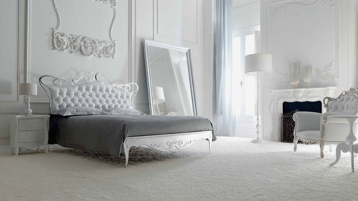 роскошная спальня в белом цвете