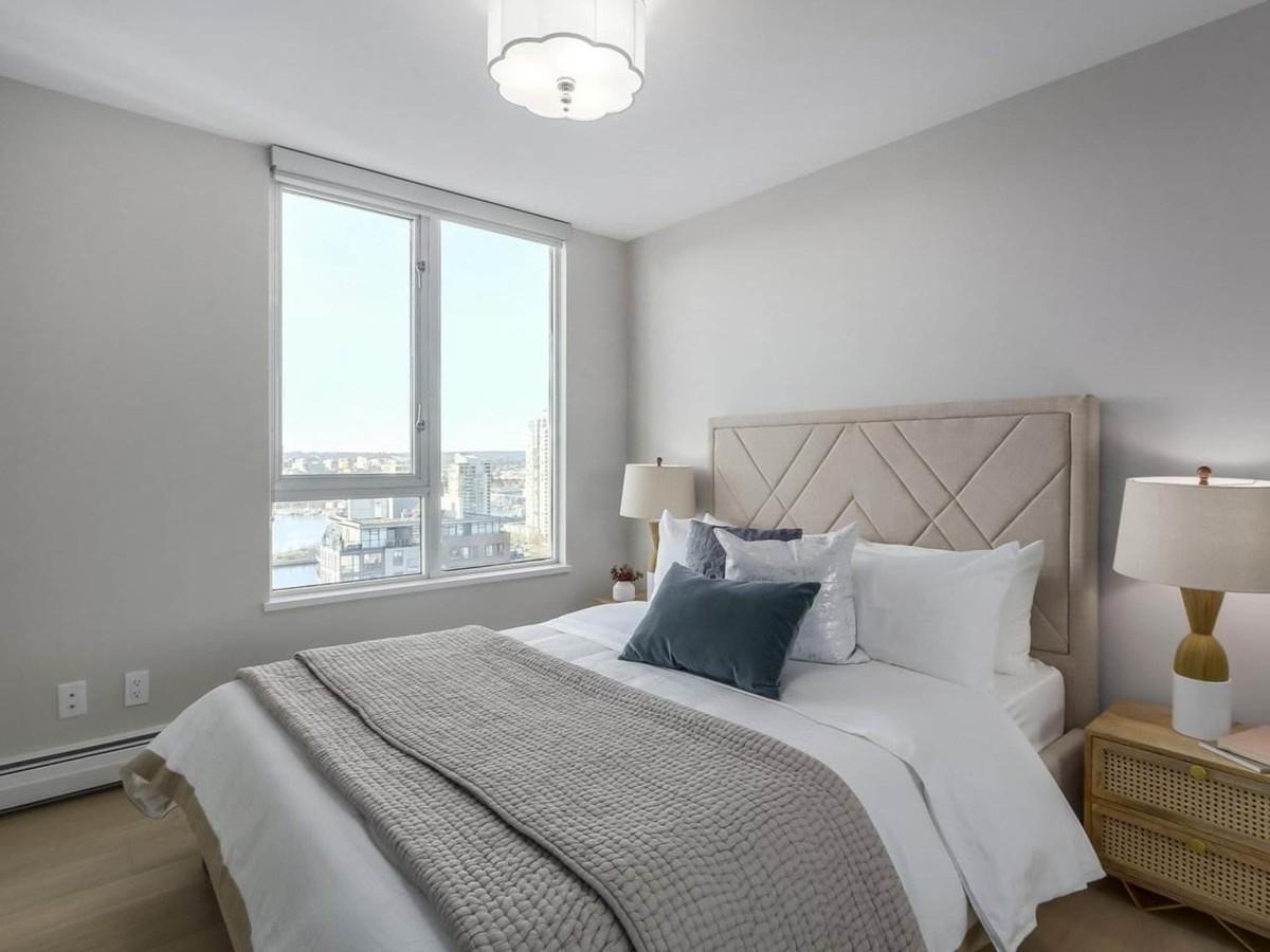 спальня в серо-белом цвете