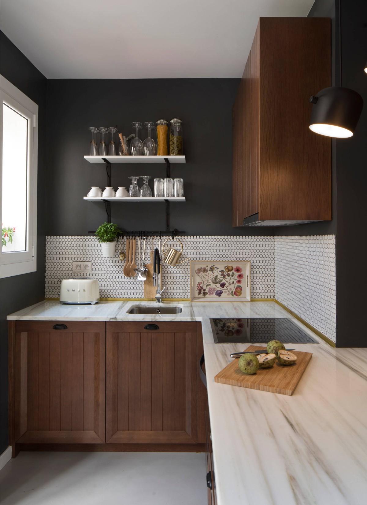 стильный дизайн малогабаритной кухни