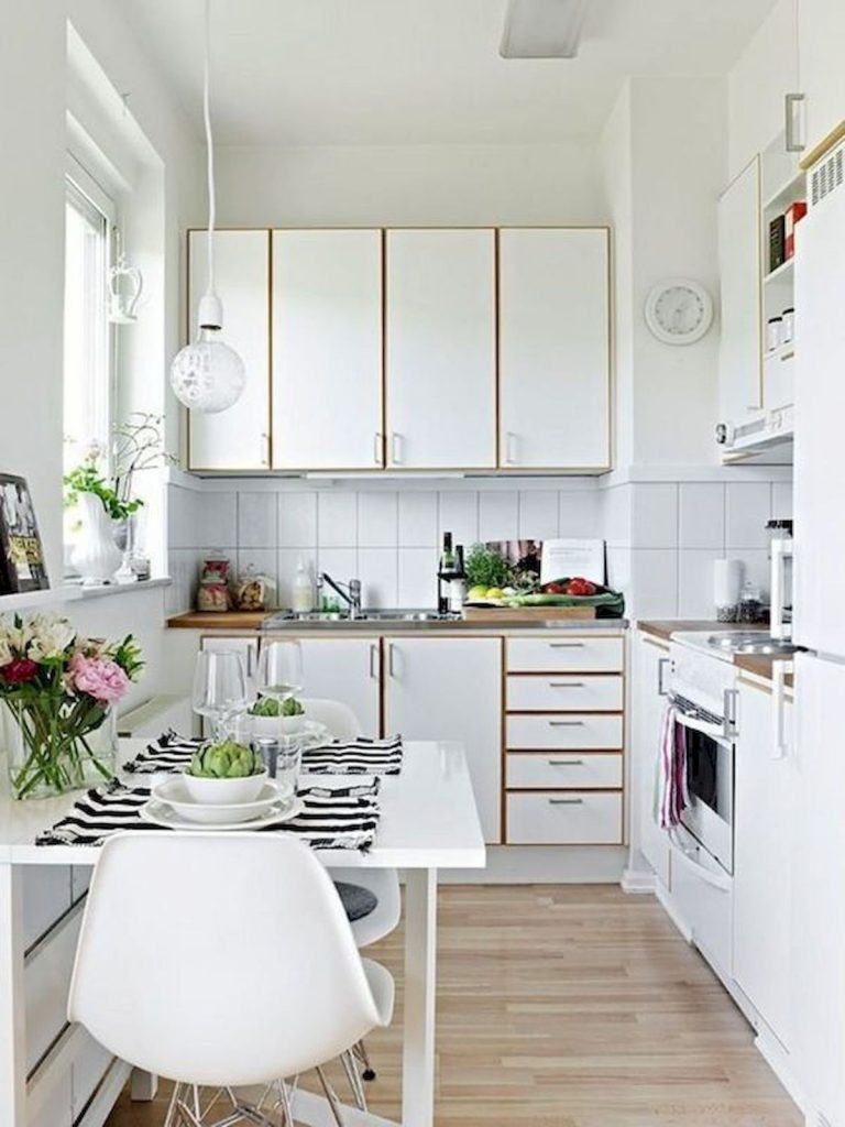 светлый дизайн малогабаритной кухни скандинавский стиль