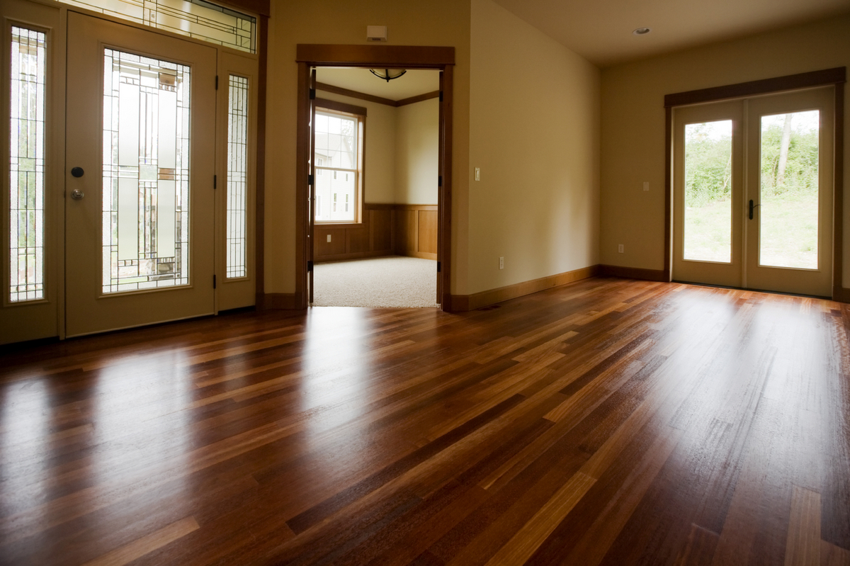 какой ламинат лучше выбрать для квартиры гостиная